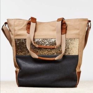 American Eagle Outfitters Tote Bag